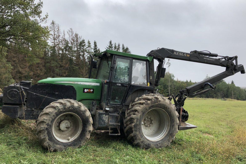 Traktor K175